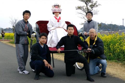 コノハナサクヤヒメと人力車